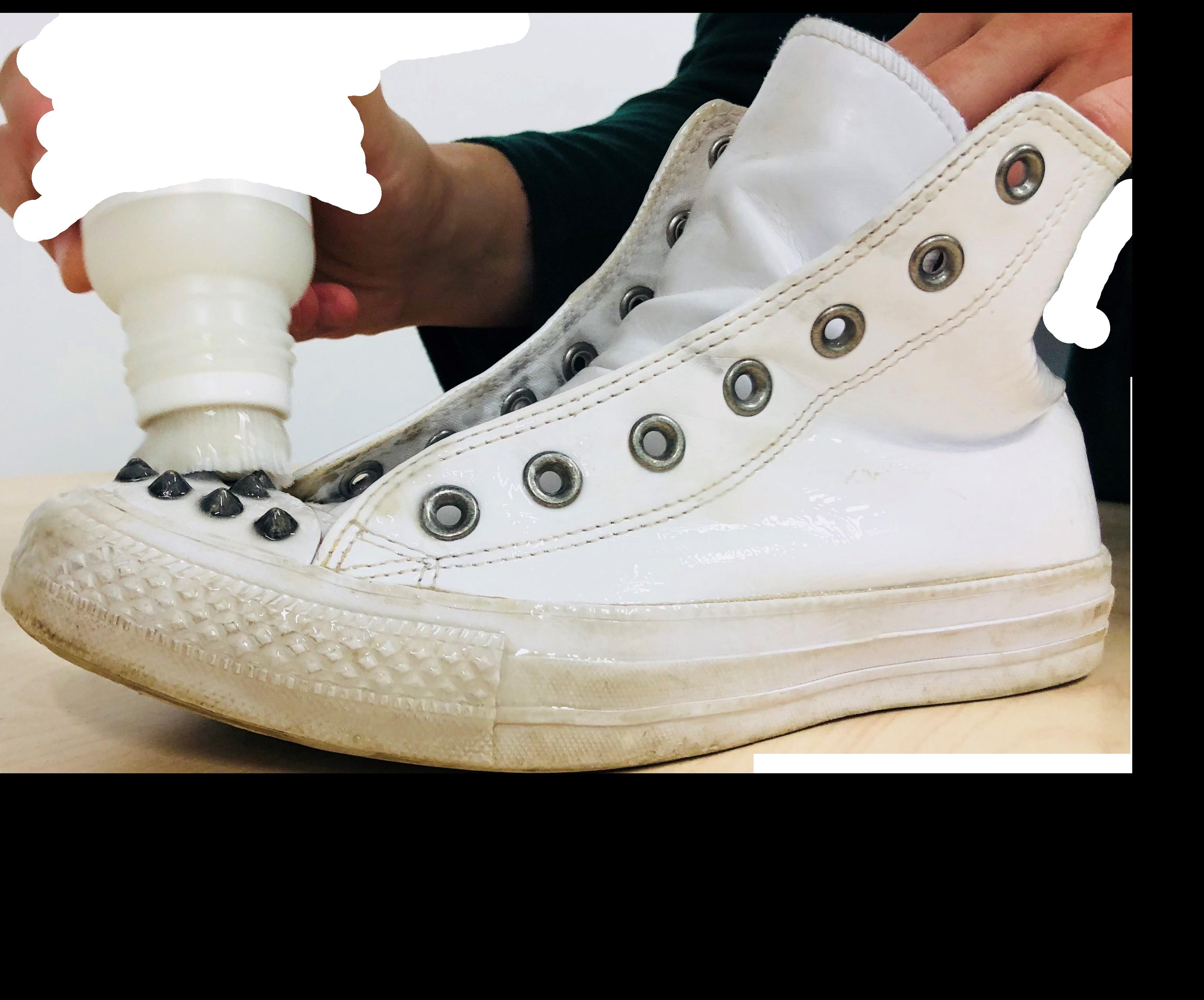nettoyage de chaussure blanche
